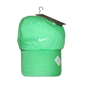 2005 Nike Women's Running Hat